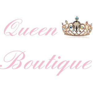 Queen boutique👑 Jewelry - Cute set necklace and earrings